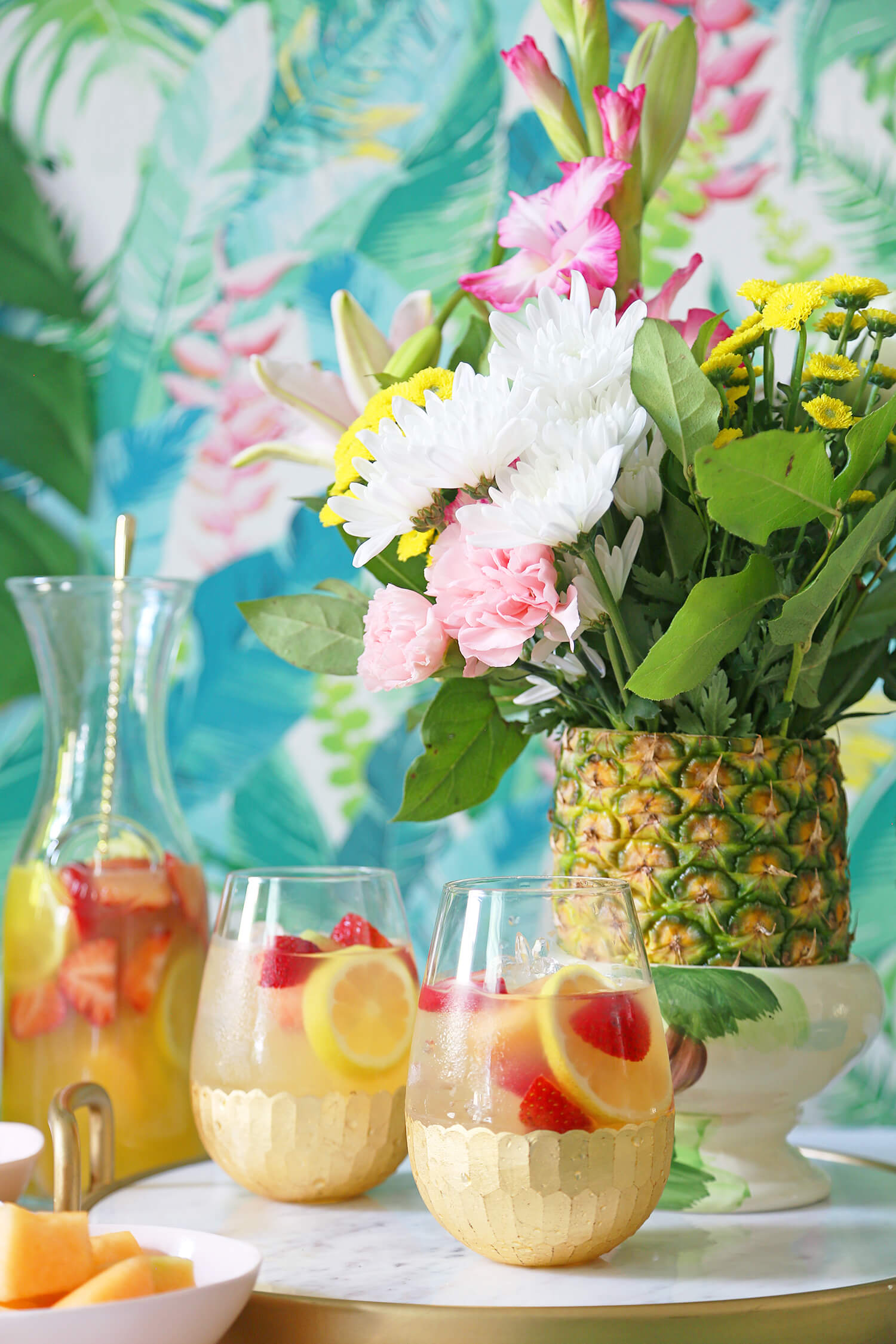 DIY Summer Sangria Bar